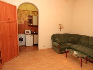 1-room Odessa apartment #1-005