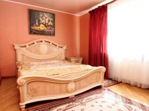 3-bedroom Odessa apartment #5-001